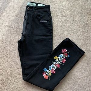 """NWT """"Off-White"""" jeans size 26"""